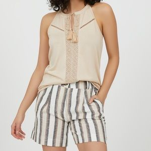 Suzy Shier High Waisted Striped Linen Shorts - 9